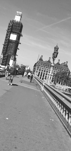 Westminster Bridge Photowalktheworld LONDON❤ Westminster Bridge Westminster Big Ben Tourist People Black And White Mobilephotography Oneplus6photography Uk Blackandwhite Politics And Government City Film Industry