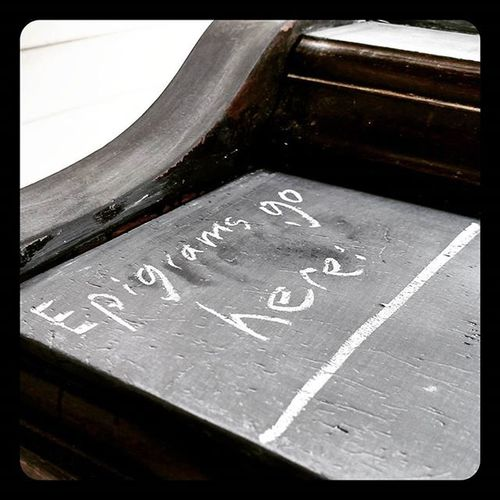 Refurbished the porch piano at the Sam Jones House, now it's part Chalkboard ! DIY Pianoart