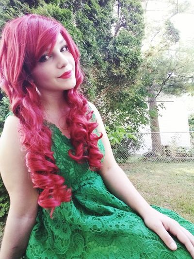 Hey guys, ill be going away till about 3 so i upload a few extra photos so you can have things to like! Check This Out That's Me Poison Ivy DC Comics' Villains DC Comics Cosplay Cosplayer Just Nerdy Things