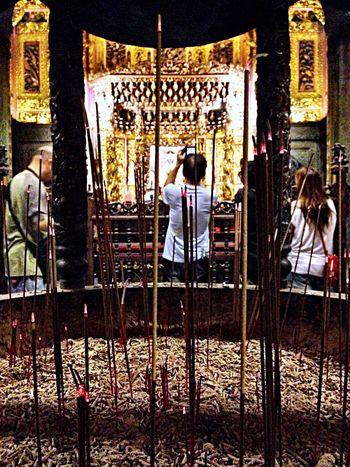 飛灰:煙滅 Temples Religion