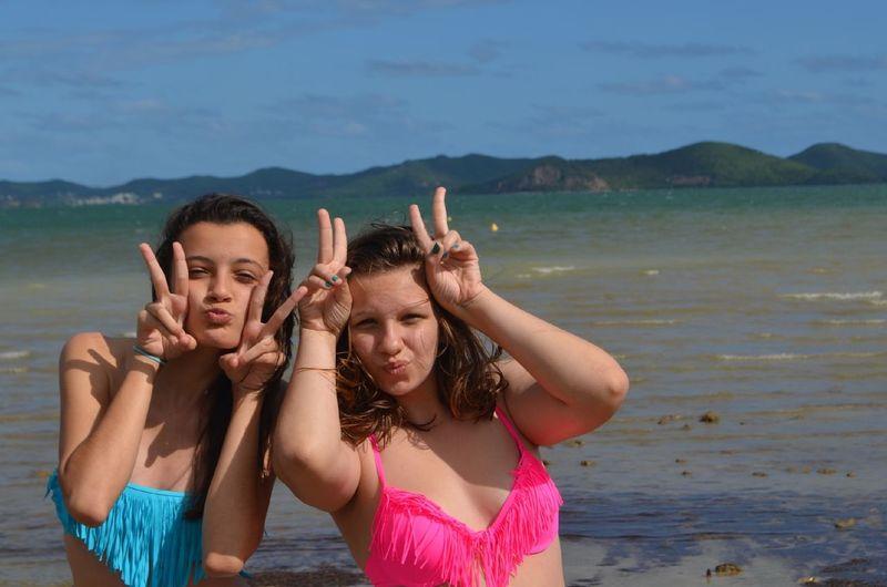 Friends Beach Good Time