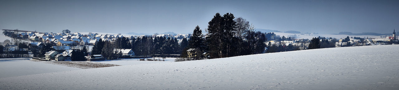 Man im Winter Winter Landscape Mank Panorama Panoramic View Pixelated Sky Cold Cold Temperature Snow Snow Covered Frozen