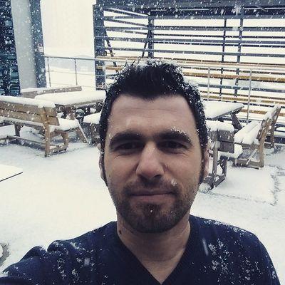 Selfie bilmeyen masum koylu... Kardankamil Turkcell Istanbul winter color white me