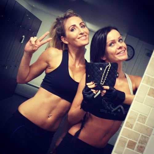 Loved working out with this sexy lady ;) GoldCoast Asnfit Igers Asn happyfitnessfitspofitspirationmotivationlovelifebestoftheday