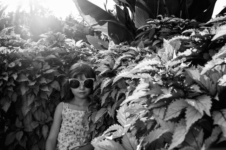 Visual Journal September 2018 Lincoln, Nebraska S.ramos September 2018 Visual Journal Photo Diary Always Making Photographs Camera Work Photo Essay Sunken Gardens Getty Images EyeEm Best Shots Formal Garden Lincoln, Nebraska Tourist Destination FUJIFILM X100S Eye For Photography EyeEm Masterclass Off Camera Flash Monochrome EyeEm Style Sunglasses Schwarzweiß B&W Collection B&W Portrait Kidsphotography Little Girl Glasses Fashion One Person Plant Portrait Leisure Activity Day Front View Real People Lifestyles Plant Part Leaf Nature Young Adult Growth Young Women Looking At Camera Waist Up Outdoors Beautiful Woman Hairstyle