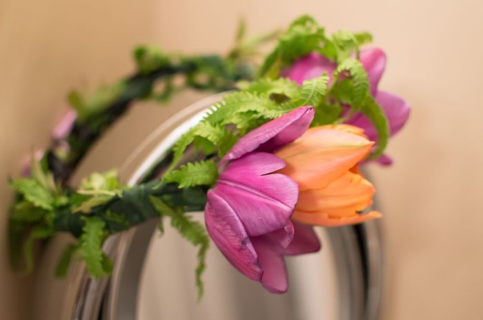 Flower crown garland on dressing room mirror Flower Fragility Petal Tulips Flower Head Pink Color Beauty In Nature Close-up Focus On Foreground No People Plant Growth Nature Day Blooming Indoors  Periwinkle Mirror Dressing Up Dressing Room Beauty Flower Crown Flowers Garland Flower Garland