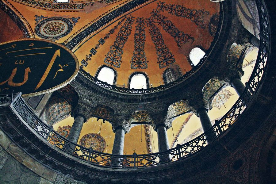 Agia Sofia's Dome (Constantinople, Turkey) Agia Sofia Constantinople Turkey History Monument Landmark Sightseeing Orthodoxy Byzantium Byzantine Empire Emotions Empire Photography Dome Architecture Architectureporn Church Indoor View Architectural Detail Travel EyeEm Gallery Eye4photography  EyeEm Best Shots