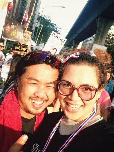 Thaiuprising Valentine's Day Shutdown Bangkok เจอพ่อค้าบะหมี่สายแข็ง แถวเวทีชิดลม! ?