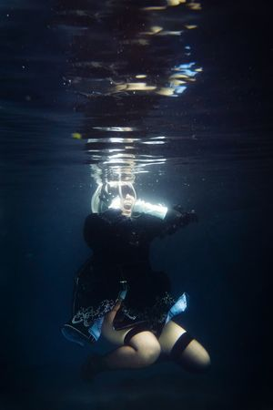 2B 2B Nier Automata YoRHa Cosplay Girl Portrait People Malaysia Floating Pool Asdgraphy Sony Meikon Sony A6000 Sonyimages Sonyphotography Sonyalpha Alphauniverse Underwater Scuba Diving Swimming Water UnderSea One Person People Outdoors