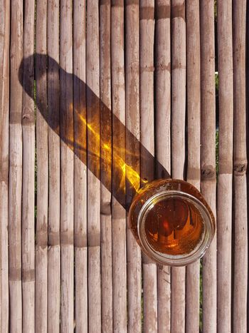 Jeans Brown Photography - Honey Jeans Brown Photography Close Up Closeup Weathered Textured  Wood Texture Full Frame Background Beer - Alcohol Beer Time Beer Honey Directly Above Wood - Material Close-up Wooden Alcoholic Drink Honeycomb Beer Glass