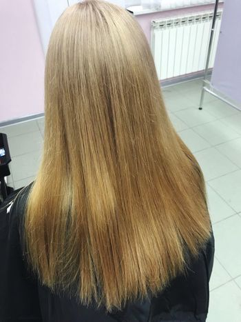 Hair Hairstyle Indoors  One Person Rear View Real People Long Hair