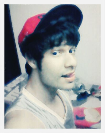 Selfie ✌ YMCMB ♥ SNAPBACK♡ Tongue Out gamer callofdutyfan lol relaxing :D