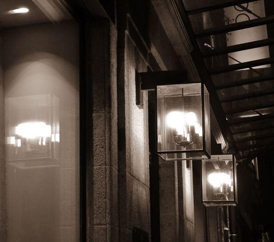 Architecture Illuminated Lampes Lighting Equipment Night No People Outdoors Palace Reflection Reflet