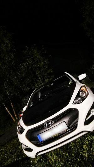 Hyundai I30 I30 Coupé Nightshot Parkplatz Parking Parkingplace Standing