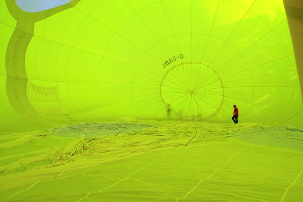Adventure Art Hot Air Balloons Lifestyles Outdoors Scenics Sport Yellow EyeEm Foto Check This Out Look At This
