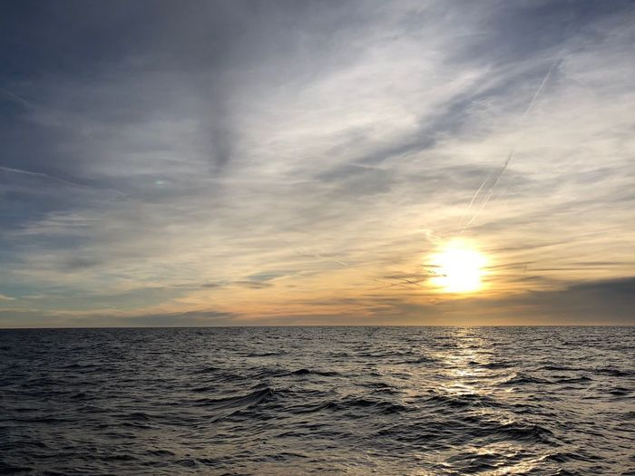 Sunset_captures Sailing Silver Sunset Silver Colored Sea Sunset Sunset And Clouds  Sunsets Sunset Collection Sunset
