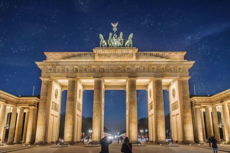 Brandenburger Tor - Berlin Berlin Eye4photography  Eyem Best Shots EyeEm Best Shots - Architecture Long Exposure