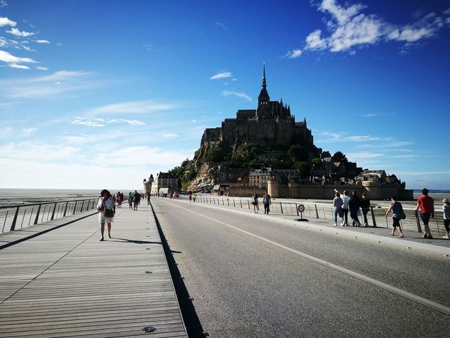 Le Mont Saint-Michel Architecture Travel Destinations Sky Travel History Adults Only Outdoors People Adult Day Full Length Built Structure Building Exterior Only Men One Person One Man Only Politics And Government