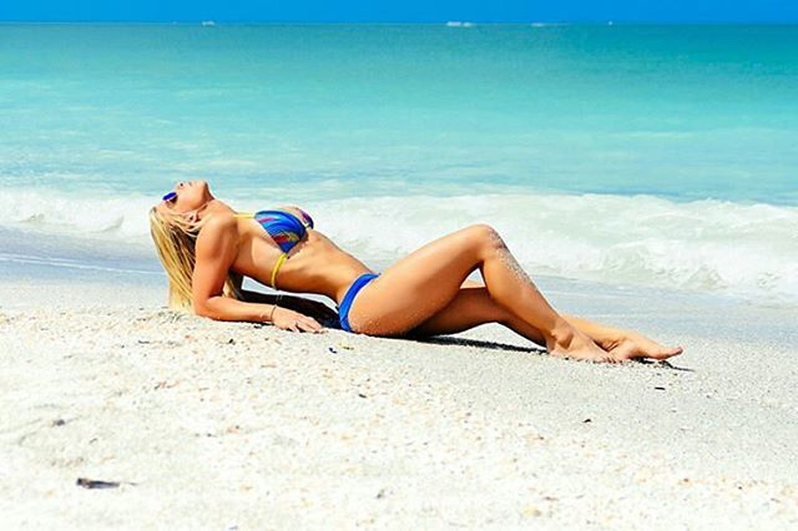 beach, relaxation, sea, sand, water, shore, vacations, lying down, resting, sitting, leisure activity, relaxing, lifestyles, summer, barefoot, low section, person, horizon over water