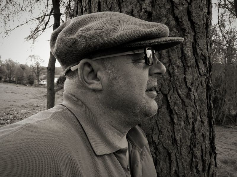 One Person Tree Outdoors Headshot Real People Adult Nature Close-up People Sky HuaweiP9Photography HuaweiP9 Blackandwhitephotography Black&white Portrait Old Farmer Random People