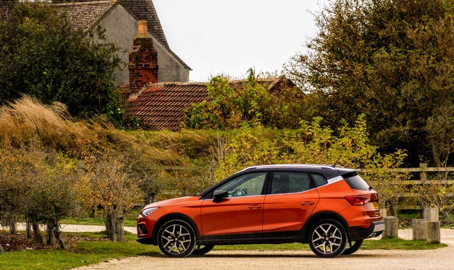 Seat Arona Tree Mode Of Transportation Plant Transportation Architecture Motor Vehicle Car Built Structure Day Building Exterior Nature Land Vehicle No People Building House Outdoors Autumn Road Travel Change