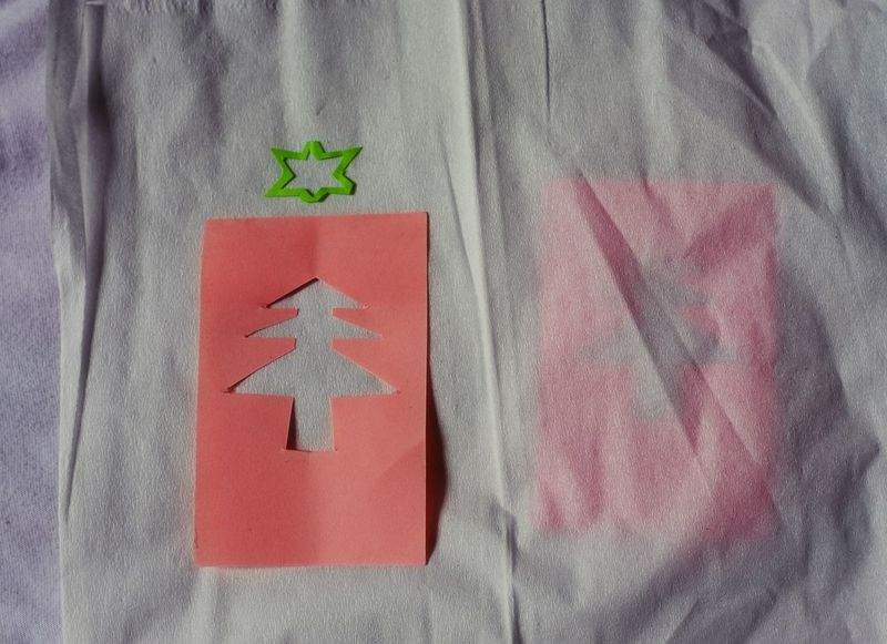 Close-up Day High Angle View Indoors  No People Red Paper Note Background Casuarina Greeting Card  Simplicity Symbol Metaphor Christmas Tree Note Papers Decoration Pink Color Tree Illuminated Ideas White Background Christmas Communication Star Snow