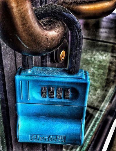 Stronger .. Industry EyeEm EyeEm Gallery Old-fashioned Close-up Metal Indoors  Focus On Foreground The Past Blue History Close Up Eye4photography  Heart You Even Miracles Take A Little Time Our Locks Protective Dreams Come True Eye On The Prize Mindful Open To Receive! Love ♥ Tied Together With Good Intentions Where There's A Will There's A Way Time