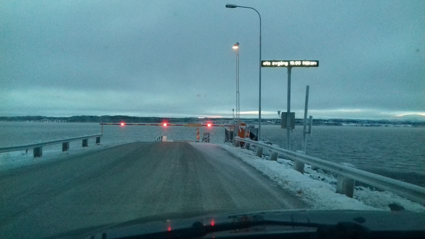 Running out of road Storsjön Jämtland Ferry Illuminated Water Cold Temperature Road Car Driving