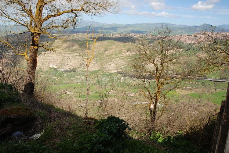 sicilia, Enna Enna, Sizilien Geen Mountain Lancdascape Montains    Sicily, Italy Sky Trees