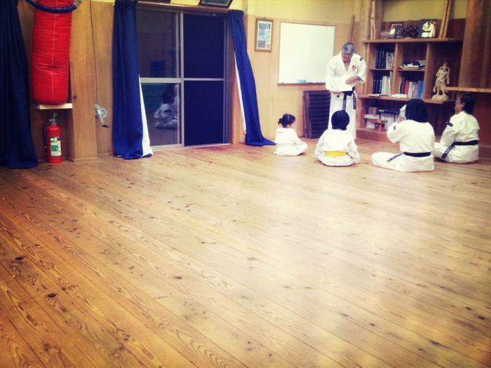 Shaolin 良い人になるよう、いつも講話をして頂いてます。 盗撮 網戸越し