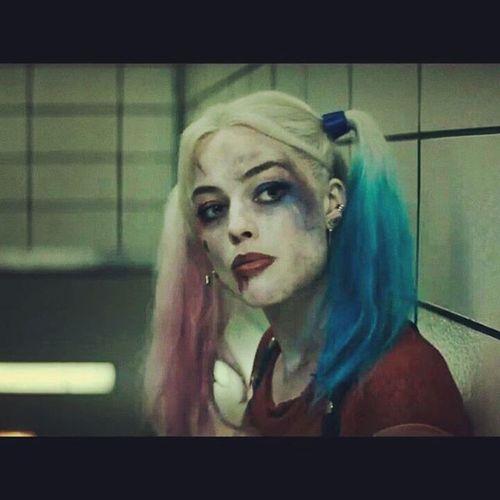I'm in love again <3 Harleyquinn MargotRobbie Harleenquinzel SuicideSquad Davidayer Joker Jaretleto Deadshot KillerCroc Diablo Captainboomerang Batman Benaffleck 2016 can't wait now !!