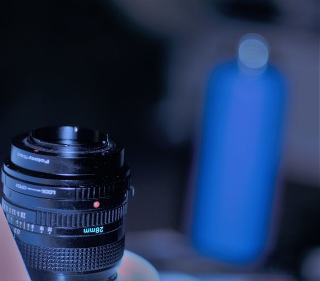 Blur Bokeh Cannon Close-up Depth Of Field Fd Lens Indoor Indoors  Indoors  Inside Lens Moorpark No People Photo Photography Shiny Water Bottle