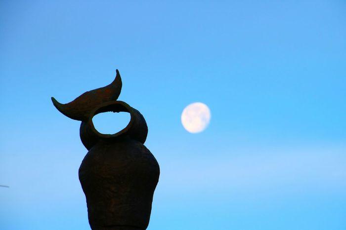 Antibes France Sculpture Moon Miró  Sky Orizon The Graphic City The Street Photographer - 2018 EyeEm Awards