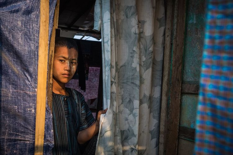 Myanmar Streetphotography Meiktila Portrait Boy Southeast Asia Sunset Fujifilm FUJIFILM X-T1 Documentary Photography Real People Burma Birmania Muslim Muslim Quarter Window One Man Only One Person Adults Only Fashion Archival Only Men Business Finance And Industry Adult Indoors  People