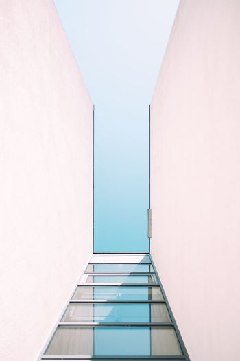 BLUE SKY Minimalism Minimalist Architecture My Best Photo Architecture Built Structure Building No People Wall - Building Feature Copy Space Day Modern Ceiling Blue Sky Sky Concrete City White Indoors  Low Angle View Clear Sky Geometric Shape Empty Pattern Shape Design Reflection Directly Below The Architect - 2019 EyeEm Awards The Minimalist - 2019 EyeEm Awards