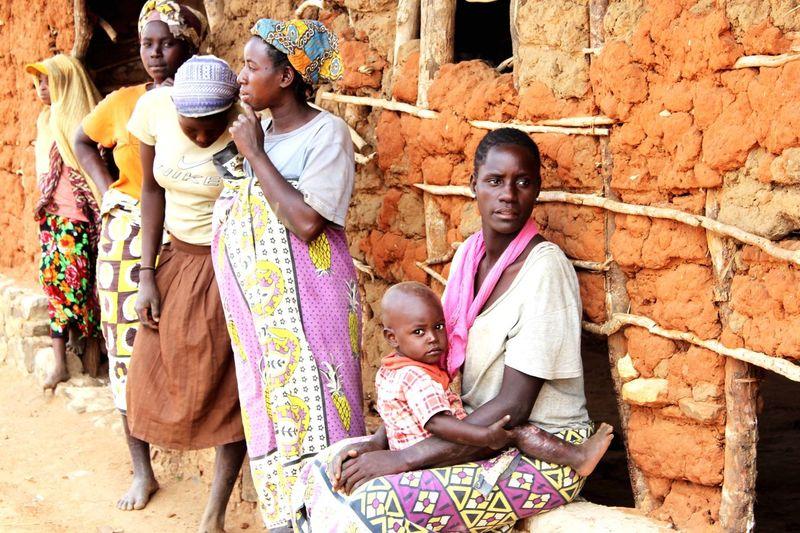 Kenya Picoftheday Mother&son Life Love Watamu Pictureoftheday