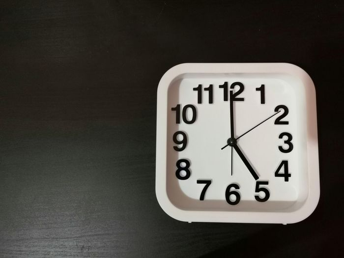 Clock shown 5
