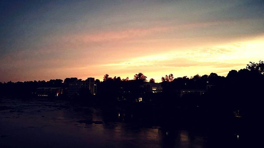 Sun set. Sunset Pretty Reflectuon Water Sunlight RVA Androidography