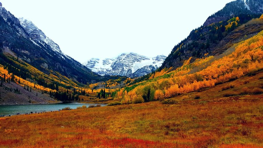 Beauty In Nature Landscape Nature Day Water Mountain View Mountain Mountain Range Mountains And Sky Mountains Mountain Peak Maroonbells Maroon Bells Colorful Colors Sky Sunset Outdoors Tree Scenics No People