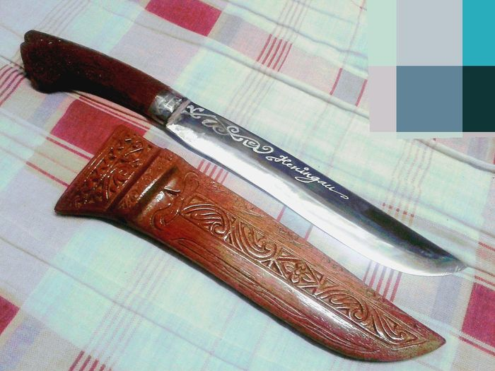 Bajau Traditional Home Made. Made in Keningau, Sabah - MALAYSIA. Abstract Abstract Art Knife Wood - Material Woods Wooden Texture Wood Art Nice Knife - Weapon Knife Art Wood Knife Skills Knife Handle Knifemaker Table Close-up Blade
