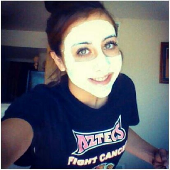 the mask my mom put on me, and that is drying super slow (: