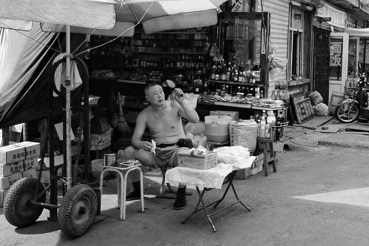 Street Photography Street Harbin China 哈尔滨道外北三道街01 食杂店