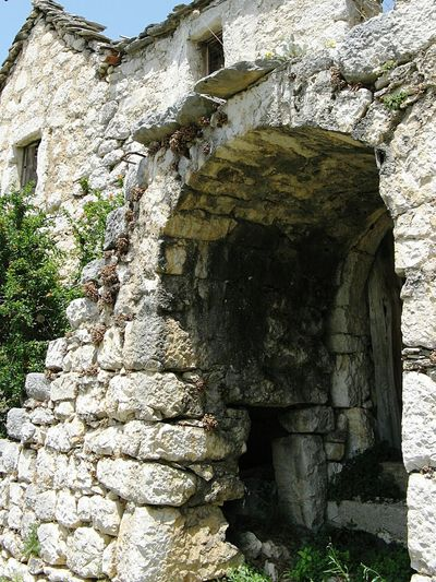 Stone Cottage Stone Buildings Mountain Countryside Archway Old Stone Houses Stonework Stone Wall Doorway, Door, Wall, Stone, Gateway, Portal Doorways Stonewall Stone House Doorway Sunshine Croatia