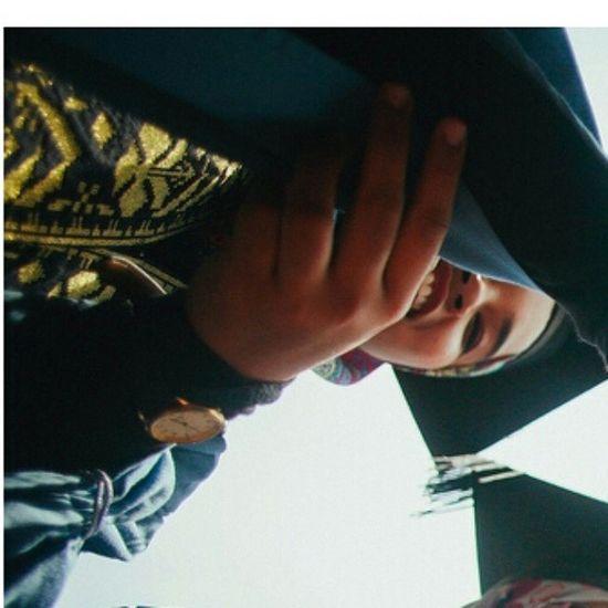 Portraiture with friend as low as rm200.00 per session! Portrait Friends Prewedding Postwedding Family Graduate Sayajual Fotocantik Bintang Graduan Ukm Upm Universiti Study Jubah Konvo Likeforlikes Like4like Weddingportraitphotographerasia Malayphotographer