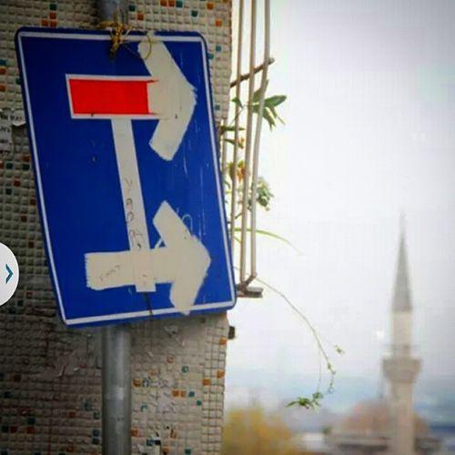 Direction Yon Oklar Arrow