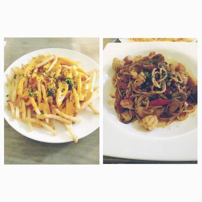 Cheese fries & tomyum spaghetti