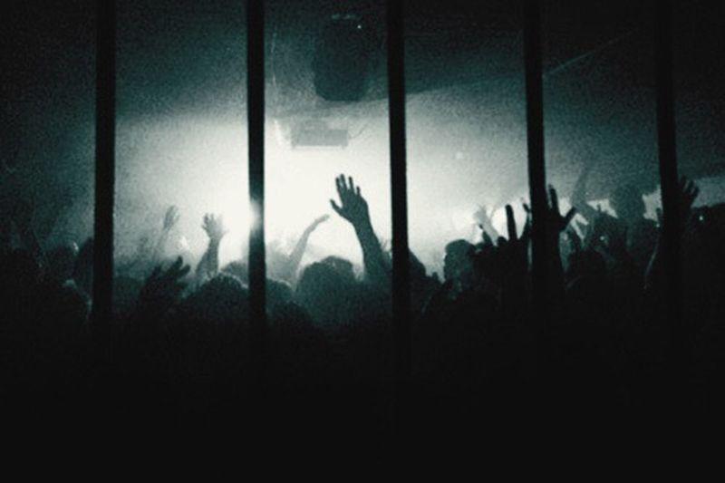 Nachts werden die Gefühle klarer, die Gedanken lauter und die Musik wird schöner • Nachts merken wir, was Fassade ist und was nicht • Nächte sind ehrlich AboutLastNight Night Photography Underground Rave Techno Music Love Freedom Lights