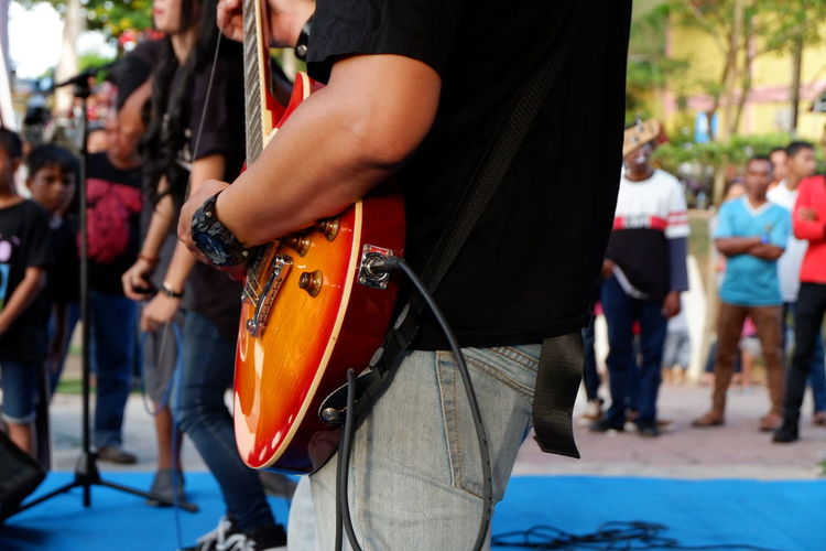 guitar Guitar Musik Hand Parts Of The Human Body