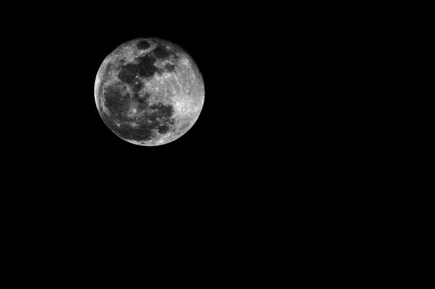 31 Jan. Moon was clear and bright. Black and white Moon Astronomy Night Moon Surface Nature Beauty In Nature Planetary Moon Clear Sky Space