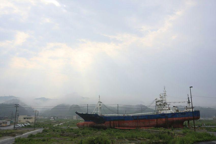 Hope for reconstruction. 3.11 The Great East Japan Earthquake 3.11 Japan Prayforjapan Memorial ~カメログまたここで~